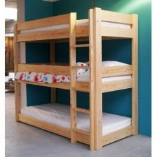 Кровать трехъярусная из массива дерева